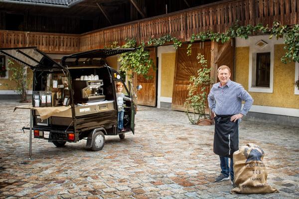 Die Kaffee Ape von Gori